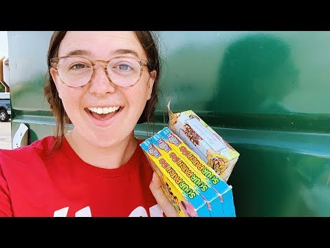 DUMPSTER DIVING In Denton, TX – I Hit The Dollar Store Jackpot!