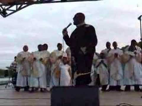 Pastor Cedric Hayes and The Gloryland Mass Choir