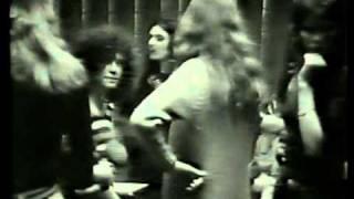 Marc Bolan backstage 1971