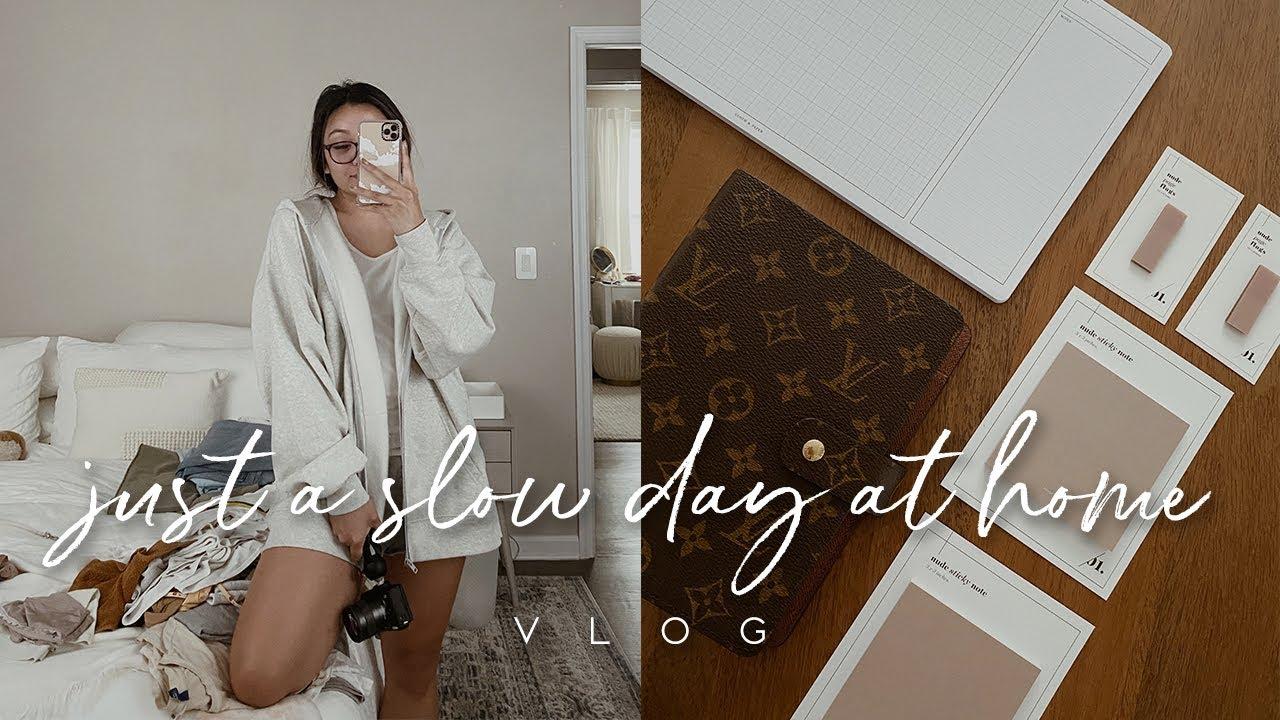 VLOG: SLOW DAY AT HOME + LV AGENDA INSERTS | ALYSSA LENORE