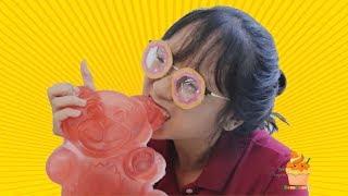 Thử Làm Kẹo Dẻo Gấu Siêu To Khổng Lồ Gấp 1000 Lần Kẹo Thật | Kem Cam TV