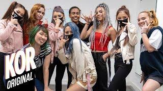 K Pop x B Pop Desafio de Dança e Mimica