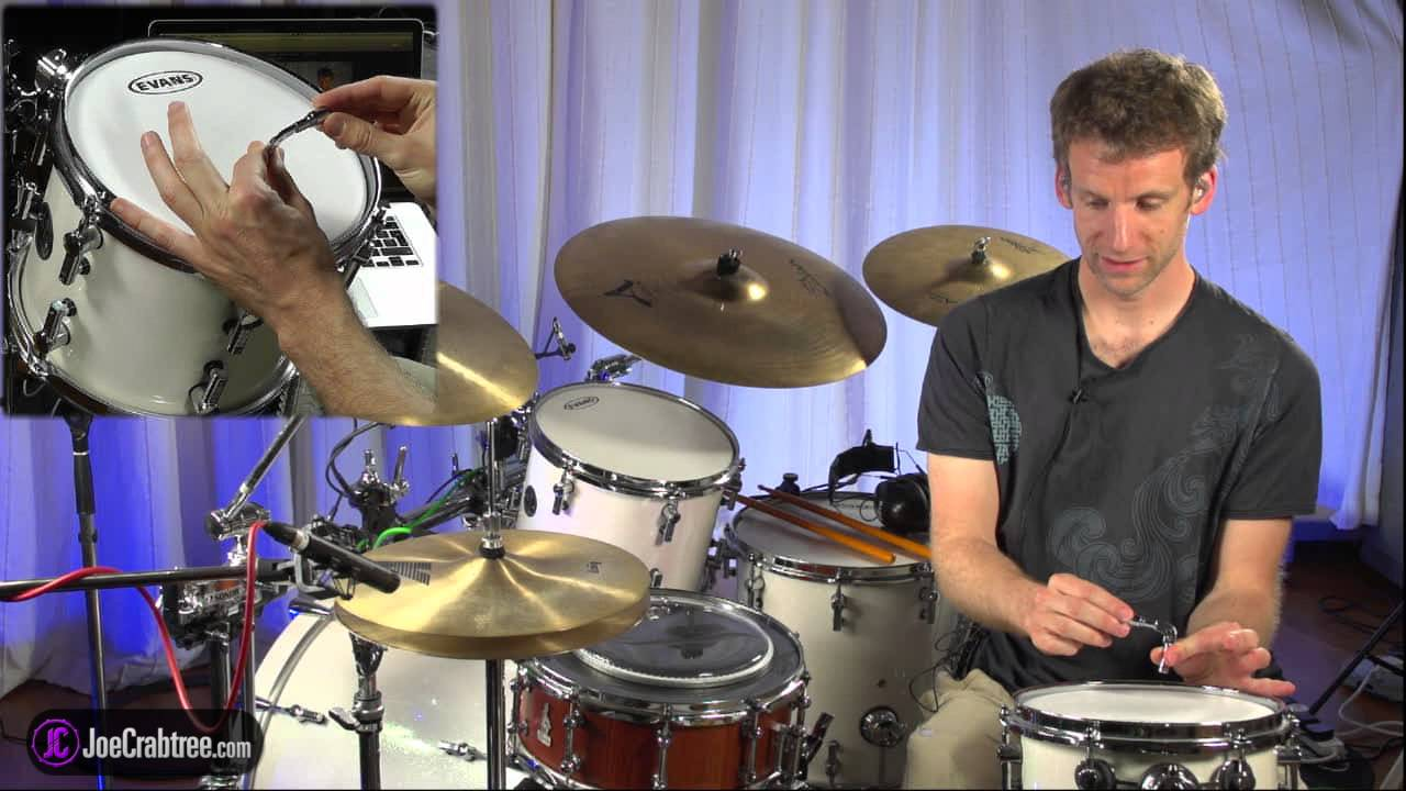 drum head comparison and tuning tips by joecrabtree of youtube. Black Bedroom Furniture Sets. Home Design Ideas