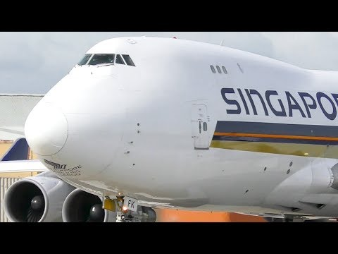 EXTREMELY CLOSE-UP TAKEOFF | Singapore Airlines Cargo 747-400F ● Melbourne Airport Plane Spotting