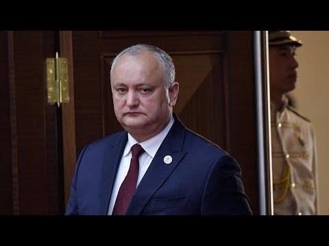 Смотреть Moldova nel caos: deposto il presidente онлайн