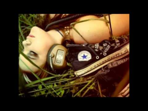 Tupac Smile remix .mp3