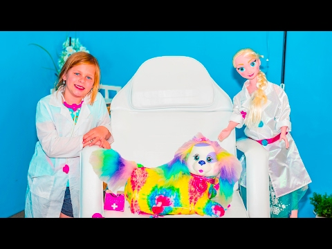 ASSISTANT Doctor Barbie Medical Set with Elsa and Puppy Surprise Toys Video