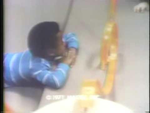 Mattel Hot Wheels Stunt Rider 1971 TV ad