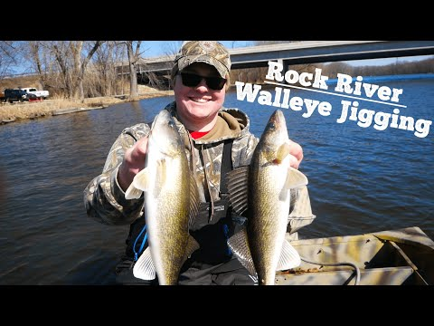 Jigging For Rock River Walleyes And Sauger (Wisconsin Walleye Run)