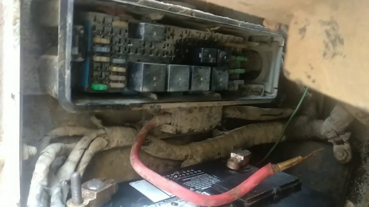 bobcat fuse box location starter relay location [ 1280 x 720 Pixel ]