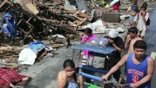 Typhoon Haiyan leaves Tacloban in ruins
