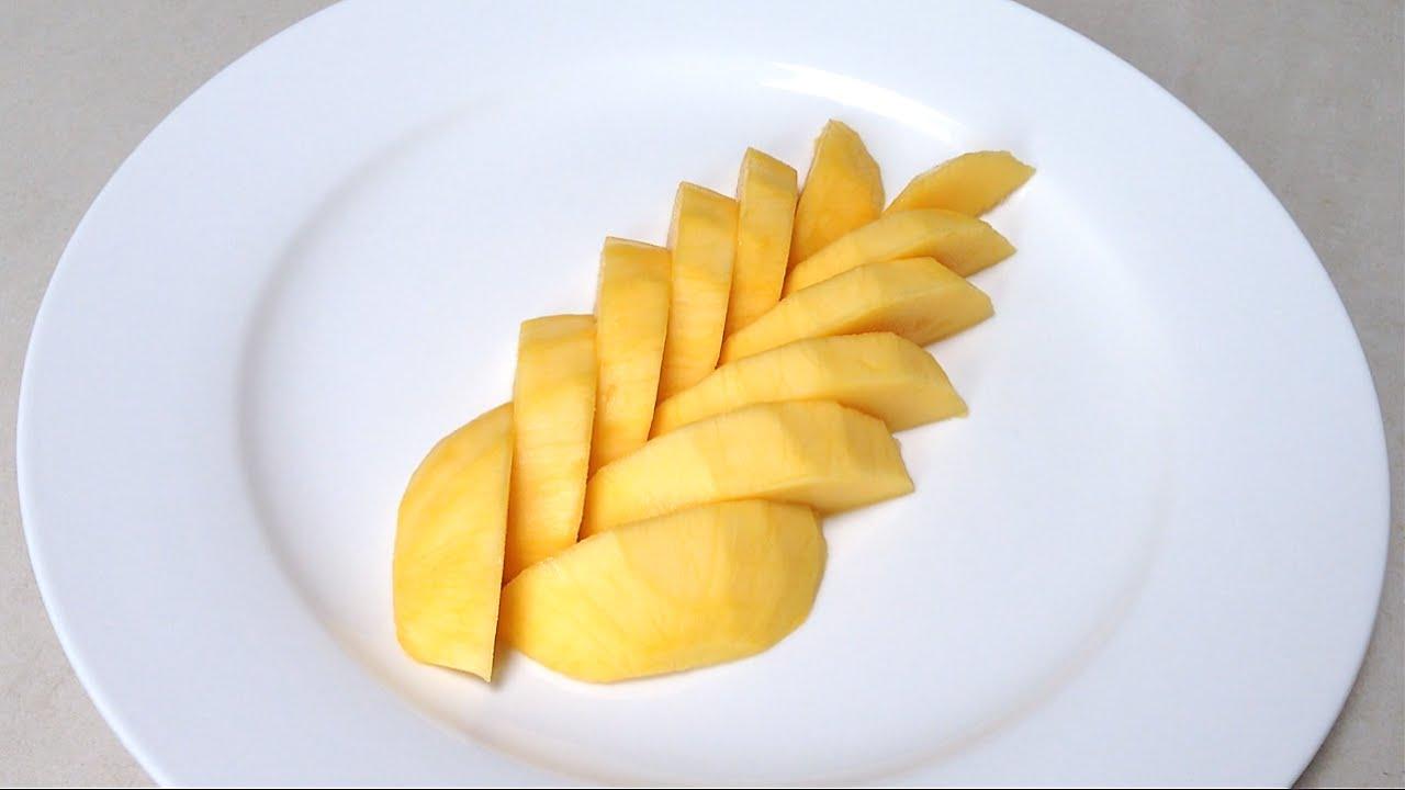 Mango Fruit  How To Cut Up A Mango Fruit  By Mutita Edible Fruit Veg  Carving  Youtube