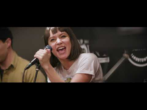 Meg Myers - Numb (LIVE) stripped down set in the Point Lounge