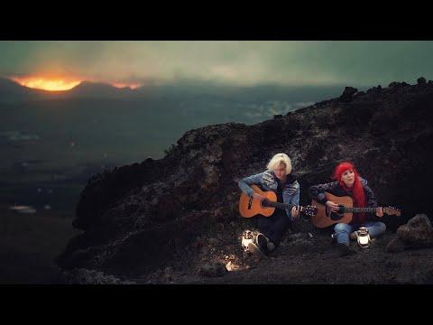 Starman - MonaLisa Twins (David Bowie Cover)