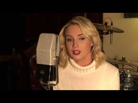 White Christmas + The Christmas Song (Molly McCook Cover)