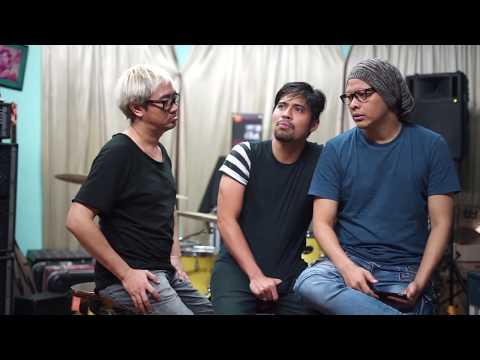 QnA with GIGI! - Gusti Hendy Pernah Jatuh Pas Manggung?? #AskGigiBand