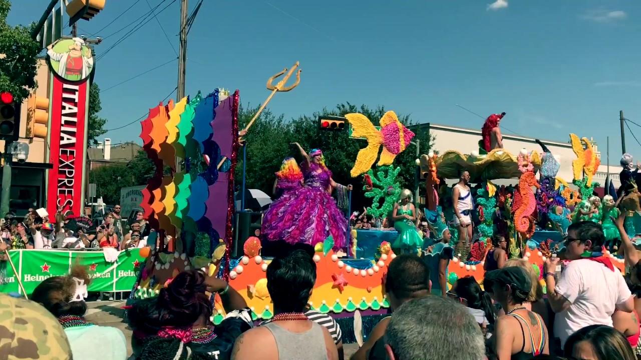 Gay parade in dallas