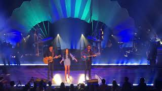 Kacey Musgraves with Brooks & Dunn — Neon Moon