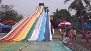 バンコク郊外の遊園地『サイアム・パーク』