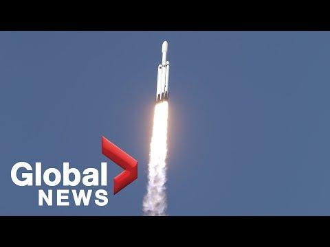SpaceX Falcon Heavy rocket launch