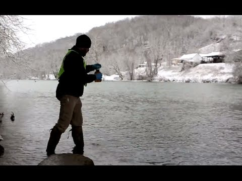 Environmental engineers study West Virginia chemical spill