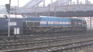 Extremely complicated departure from pl-21 of Howrah!!! Never ending action follows simultaneously