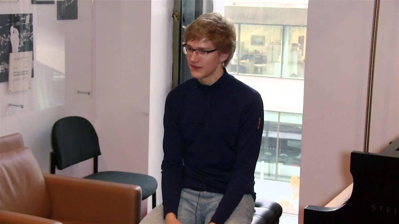 Jan Lisiecki Talks Schumann's Piano Concerto