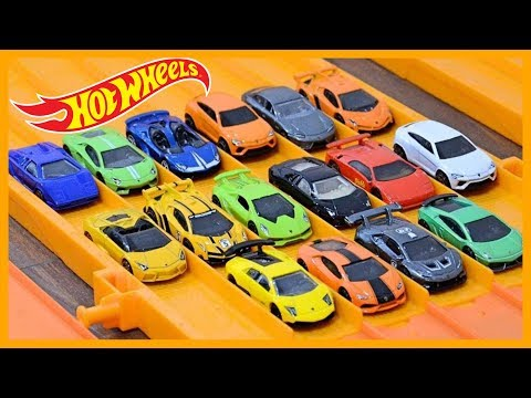 16 x Lamborghini Hot Wheels Super Elimination Tournament #HotWheelsLamborghini