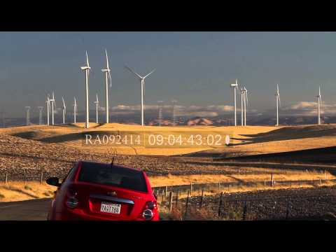 Windmill farm, power generation in California's Central Valley