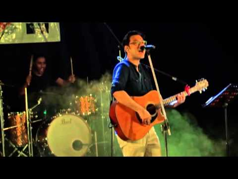 Bondhu Chol, ANUPAM ROY LIVE AT FLAMZ