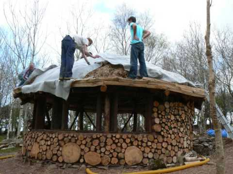 Building A Roundhouse With Woodhenge And Cobwood YouTube