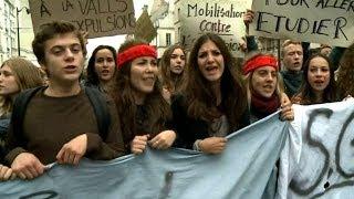 مظاهرة طلابية في فرنسا احتجاجا على ترحيل زميلة لهم