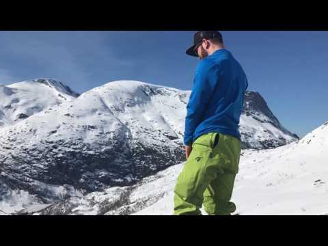 Ski Touring in Stryn - Norway. 'Skjerp Deg, Cam'.