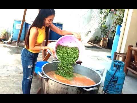 Feeding 500 kids with US$195 in Philippine slums