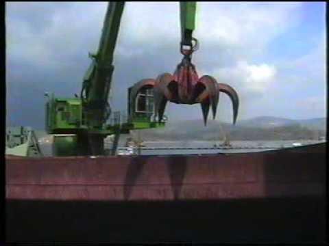 Sennebogen 880EQ working on İDÇ HURDA for scrap handling