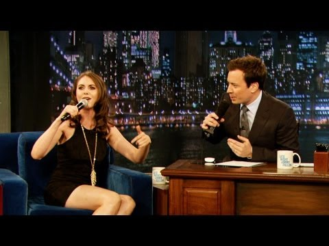 Alison Brie Freestyle Raps Late Night with Jimmy Fallon