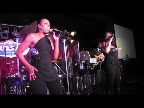 "En Vogue - ""Old School Funky Divas Medley"" ( Live )"
