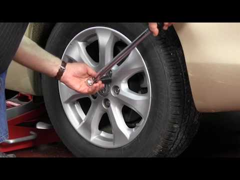 How To Use A Torque Wrench En Lug Nuts