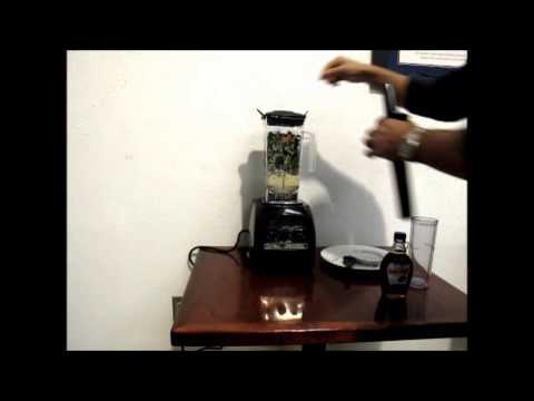 Chicago Food Machinery Blender Making A Banana And Kale Green Smoothie