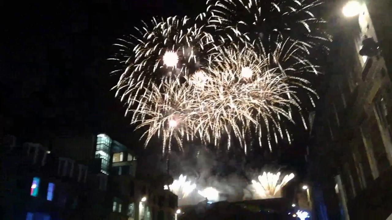 HAPPY NEW YEAR 2017 EDINBURGH SCOTLAND - YouTube