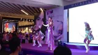 Event : Maybelline Clear smooth BB silk poreless white เจนี่ & ไมค์ Thumbnail