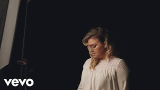 Kelly Clarkson - Piece By Piece (Behind the Scenes)