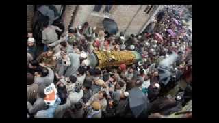 Tomar Barir Samne Diye Kishore Kumar   YouTube
