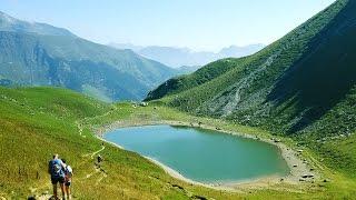 Trekking in Valcanale (Valle Seriana Comune di Ardesio) ai rifugi Alpe Corte e Branchino (lago)