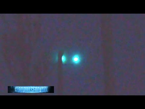 Strange Alien UFO Engineered Surveillance!? FAMILY STUNNED UFOs Over 245 HWY!! 8/10/2016