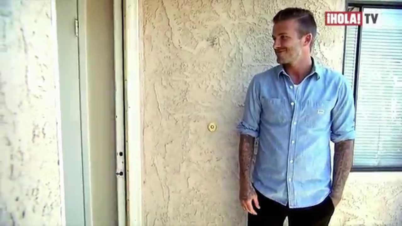 David Beckham Visita a Una Familia de Bajos Recursos | ¡HOLA! Diario #1