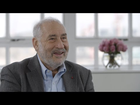 Joseph Stiglitz: Trump has 'fascist' tendencies
