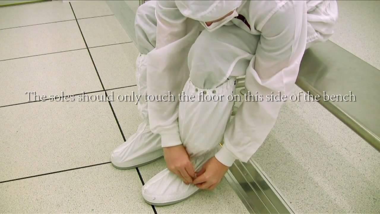 Georgia Tech NRC - The Inorganic Cleanroom Gowning Procedure - YouTube