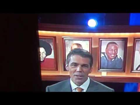Nile kinnick makes cameo at heisman presentation 2012