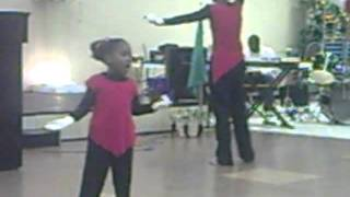 Ministers Of Dance   Grateful by: Hezekiah Walker 3 year old praise dancing